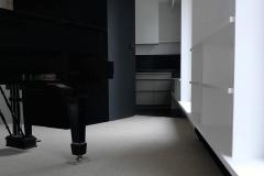 ameliemorinbernat.com piano cuisine noire moquette bouclette