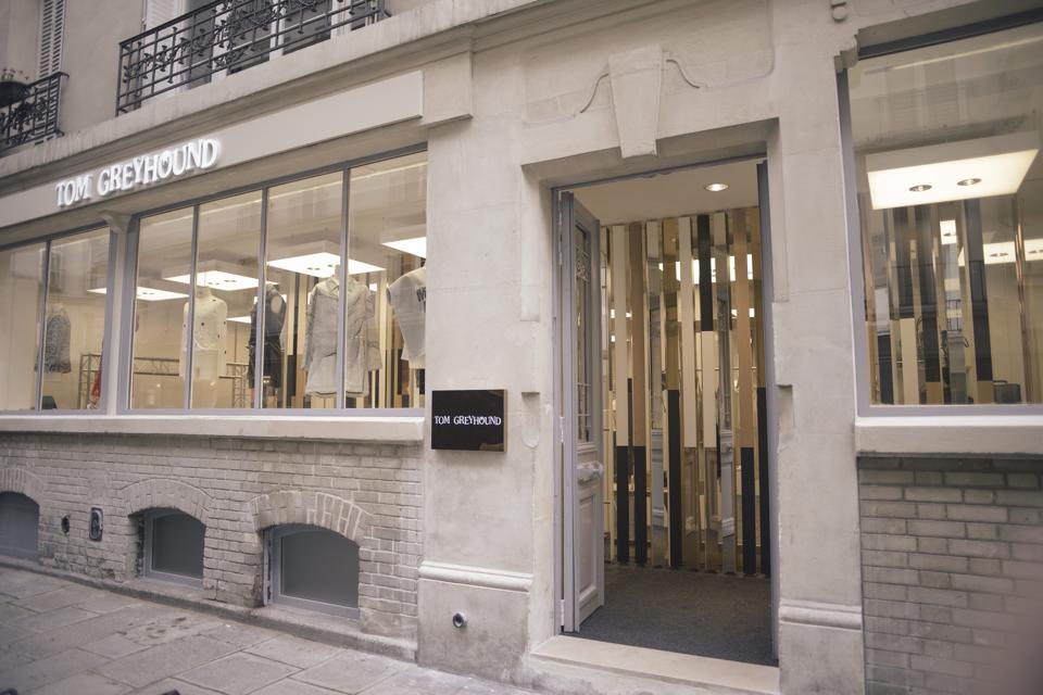 ameliemorinbernat.com retail conceptsore facade entrée vitrine