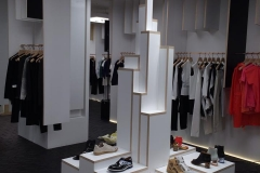 ameliemorinbernat.com retail conceptsore pyramide tripli accessoires